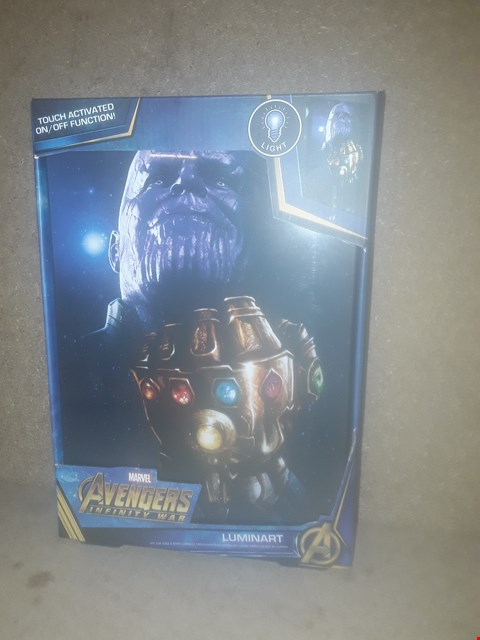 Lot 407 BOXED  BRAND NEW AVENGERS INFINITY WAR TOUCH ACTIVATED LUMINART