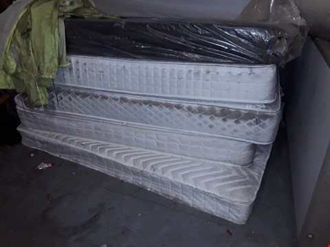 Lot 12171 LOT OF 5 ASSORTED DESIGNER MATTRESSES IN A VARIETY OF SIZES