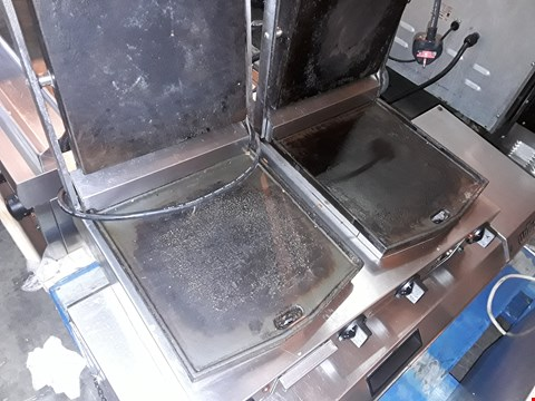 Lot 7080 LINCAT DOUBLE ELECTRIC PANINI/CONTACT GRILL