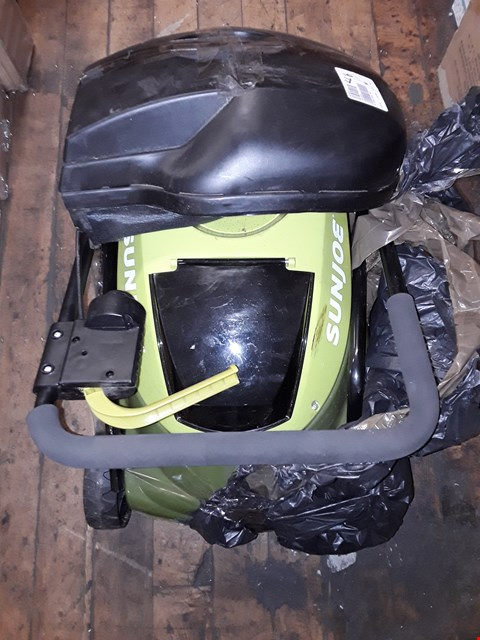 Lot 7067 LOT OF 3 ASSORTED ITEMS TO INCLUDE SUNJOE 24V CORDLESS LAWNMOWER, IT WORKS SPRAY & CLEAN FLIP TO DRY MOP, ALISON CORK STAINLESS STEEL LANTERN WITH LED CANDLE,