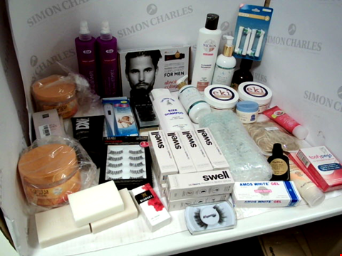 Lot 11006 LOT OF ASSORTED HEALTH & BEAUTY PRODUCTS TO INCLUDE: MARINE COLLAGEN SUPPLEMENT FOR MEN, ASSORTED SHAMPOOS, ASSORTED SKIN CARE PRODUCTS, ASSORTED BATHROOM & MAKEUP PRODUCTS