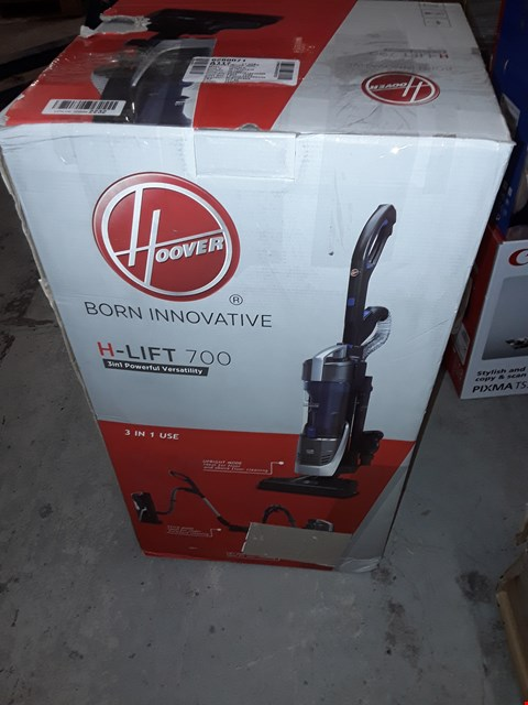 Lot 2478 HOOVER H-LIFT 700 HOOVER