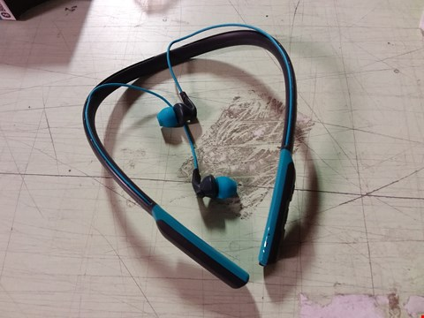 Lot 845 SKULLCANDY BLUE WIRELESS BLUETOOTH EARPHONES