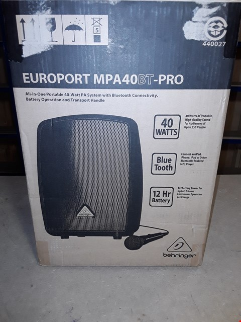 Lot 4499 BEHRINGER EUROPORT MPA40BT-PRO ALL IN ONE PORTABLE 40-WATT PA SYSTEM