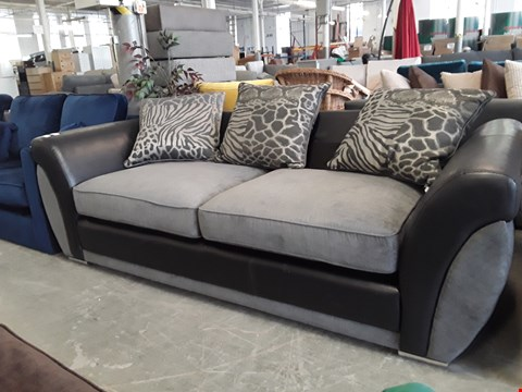 Lot 307 DESIGNER BLACK FAUX LEATHER AND GREY FABRIC 2 SEATER SOFA WITH SCATTER BACK CUSHIONS