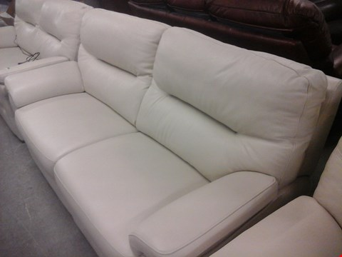Lot 8 QUALITY BRITISH MADE HARDWOOD FRAMED CREAM LEATHER 3 SEATER SOFA AND CREAM LEATHER ELECTRIC RECLINER CHAIR