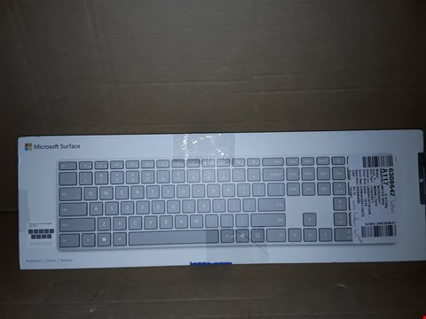 Lot 18621 MICROSOFT SURFACE KEYBOARD