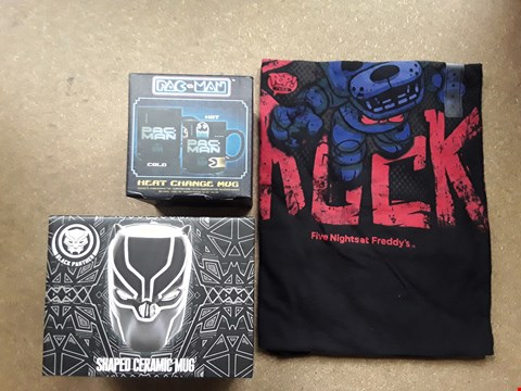 Lot 9019 BOX OF APPROXIMATELY 18 COLLECTABLE ITEMS TO INCLUDE FIVE NIGHTS AT FREDDYS TSHIRT, MARVELS BLACK PANTHER SHAPED MUG, PACMAN HEAT CHANGE MUG, ECT