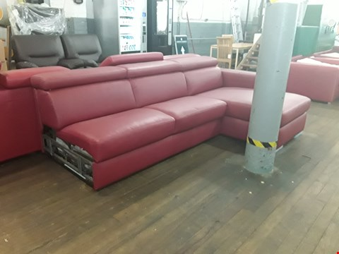 Lot 158 BRAND NEW QUALITY DESIGNER ITALIAN RED LEATHER THREE-SEATER CHAISE SOFABED