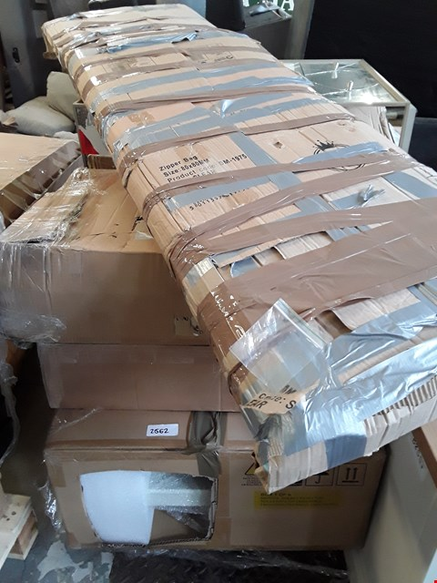 Lot 78 PALLET OF ASSORTED FLAT PACK FURNITURE PARTS TO INCLUDE BED PARTS, WARDROBE  PARTS ETC