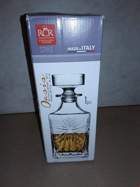 Lot 8022 BOXED RCR OASIS BOTTIGLUA WHISKEY BOTTLE - 85CL