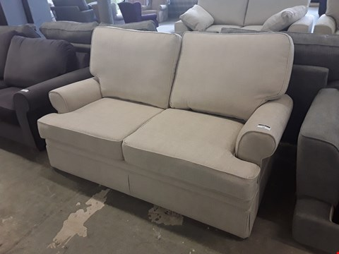 Lot 18 QUALITY BRITISH DESIGNER NATURAL FABRIC BERKELEY 2 SEATER SOFA
