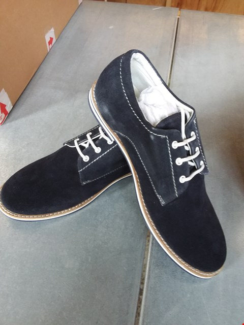 Lot 7083 FRIBOO SUEDE SHOES BLUE - SIZE 5