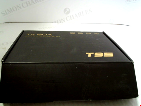 Lot 5558 T95 ANDROID TV BOX