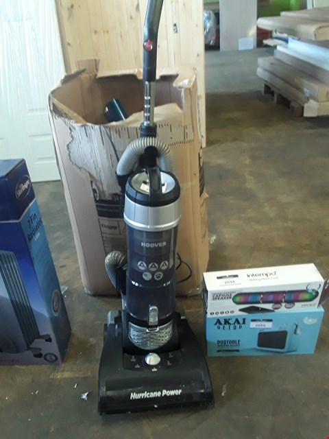 Lot 2033 HOOVER HURRICANE POWER VACUUM CLEANER AND ASSORTED VACUUM CLEANER PARTS