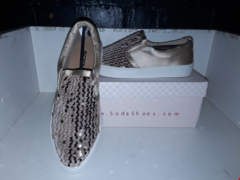 Lot 9376 BOXED SODA GOLD SEQUIN SLIP ON TRAINERS SIZE 7
