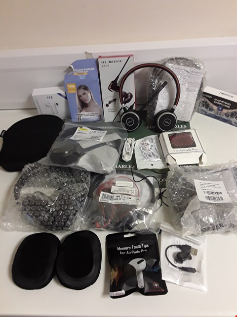 Lot 1173 BOX OF APPROXIMATELY 17 ASSORTED HEADPHONES AND HEADSETS ETC