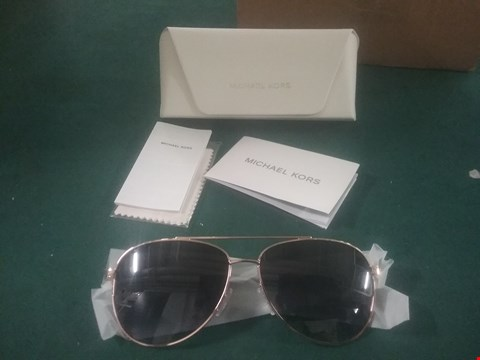Lot 1063 MICHAEL KORS BROW BAR AVIATOR SUNGLASSES RRP £185