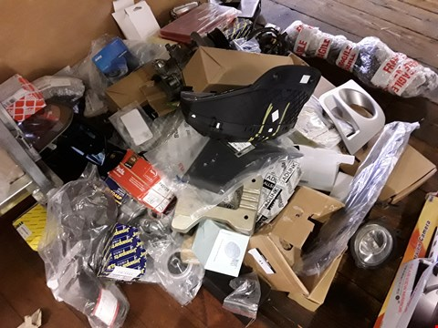 Lot 41 LARGE ASSORTMENT OF VEHICLE PARTS, SPARES NEW & SECOND HAND, INCLUDING, REAR LIGHT LENSES, FILTERS, DASH BINICLE, DIESEL PUMP,