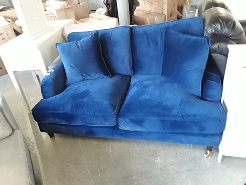 Lot 328 DESIGNER BLUE PLUSH VELVET 2 SEATER VINTAGE STYLE SOFA