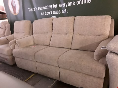 Lot 2061 QUALITY BRITISH MANUFACTURE HARDWOOD FRAMED DESIGNER BEIGE FABRIC SUITE, COMPRISING THREE SEATER SOFA, POWER RECLINING EASY CHAIR & FOOTSTOOL