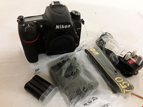 Lot 1 BOXED NIKON D750 DIGITAL CAMERA BODY WITH CHARGER, BATTERY PACK & STRAP