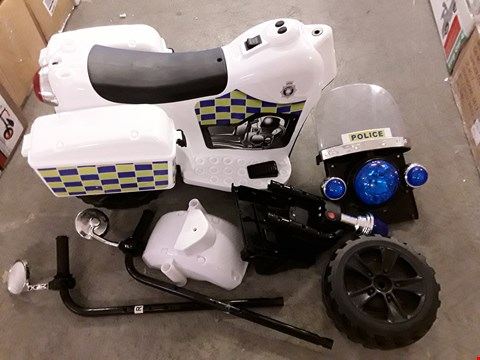 Lot 2069 VOLT BATTERY OPERATED POLICE TRIKE  RRP £75