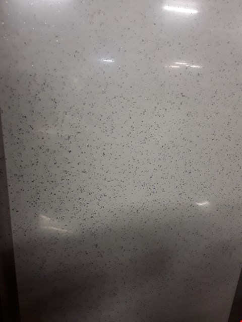 Lot 3137 3M SQUARE EDGED WHITE SPECKLED EFFECT WORK TOP