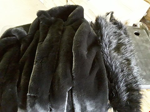 Lot 7052 BOX OF APPROXIMATELY 10 ASSORTED ITEMS TO INCLUDE 7 STOLEN HEART FAUX FUR COATS AND SHAWL COLLARS