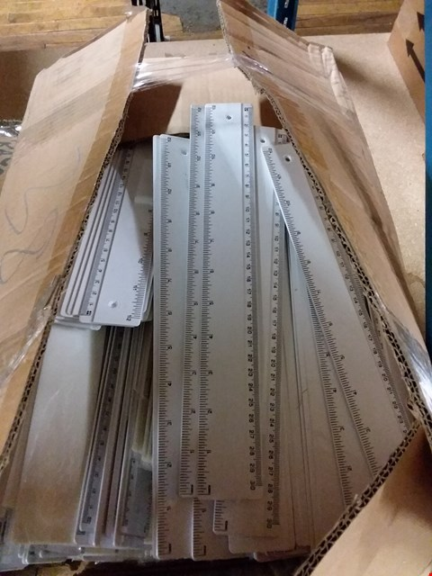 Lot 345 Box of approximately 1000 30cm white rulers RRP £1000.00