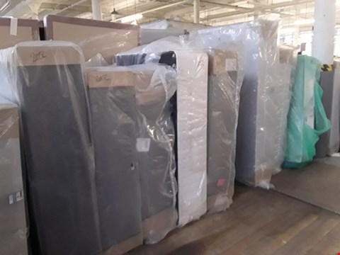 Lot 2052 LOT OF APPROXIMATELY 10 ASSORTED DIVAN BASE SECTIONS IN VARIOUS SIZES