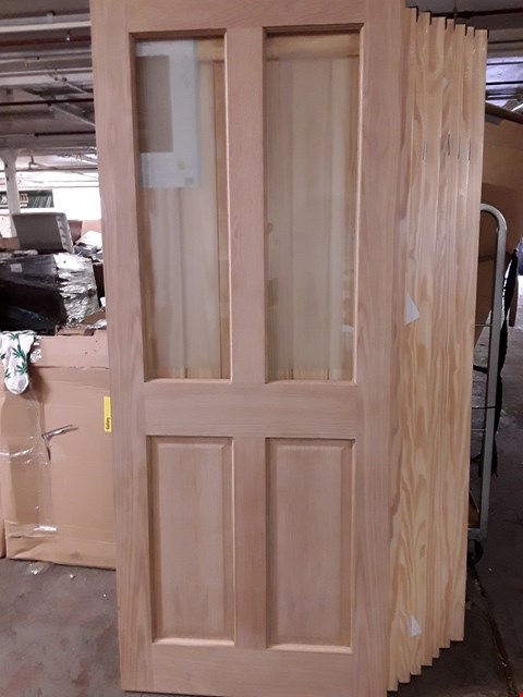Lot 3163 4 PANEL OAK VANEER GLAZED INTERNAL DOOR 2040 X 826MM