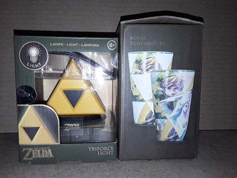 Lot 205 BOXED BRAND NEW THE LEGEND OF ZELDA TRIFORCE LIGHT AND HYTHE COLOUR CHANGE GLASS