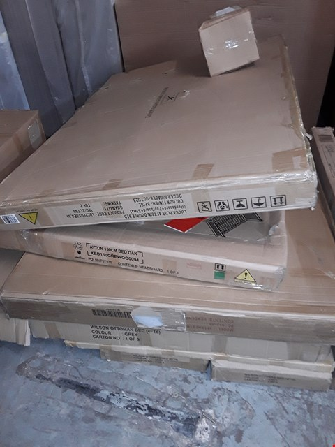 Lot 1154 LOT OF APPROXIMATELY 8 BOXED BED PARTS