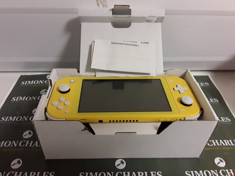 Lot 1209 NINTENDO SWITCH LITE CONSOLE - YELLOW
