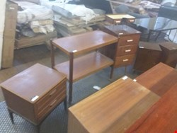 Lot 1 19 ASSORTED ITEMS OF FURNITURE