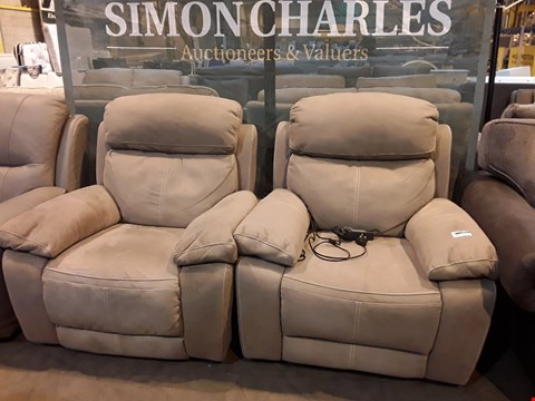 Lot 9061 PAIR OF DESIGNER LIGHT GREY MACAO FABRIC POWER RECLINING EASY CHAIRS WITH CONTRAST STITCHING