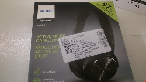 Lot 32 BOXED PHILIPS ACTIVE NOISE