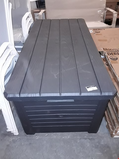Lot 70 BLACK GARDEN STORAGE BOX