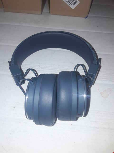 Lot 12290 URBANEARS PLATTAN 2 BLUETOOTH HEADPHONES – INDIGO