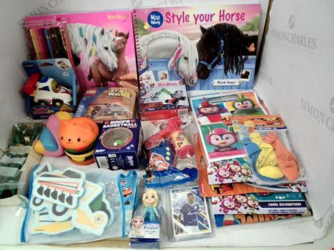 Lot 3144 LOT OF ASSORTED TOYS & COLLECTIBLES TO INCLUDE: MISS MELODY COLOURING BOOKS, LEGO STAR WARS MINI BUILDING SET, TOP WINGS BIRTHDAY PARTY BALLOONS, CANDLES ETC
