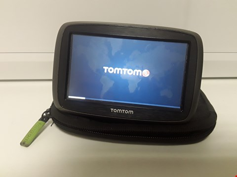 Lot 4100 TOM TOM SATELLITE NAVIGATION SYSTEM -powers on, no accessories