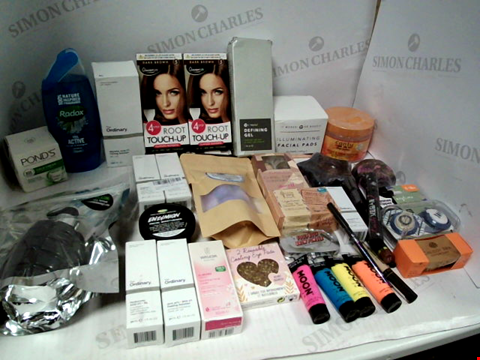 Lot 11060 LOT OF ASSORTED HEALTH & BEAUTY PRODUCTS TO INCLUDE: GLAMORIZE ROOT TOUCH-UP, RADOX SHOWER GEL, ASSORTED BATHROOM & COSMETICS PRODUCTS