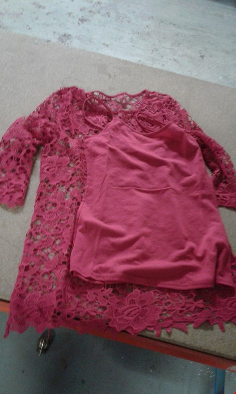 Lot 67 BOX OF APPROXIMATELY 20 PINK NETTED NIGHT DRESSES