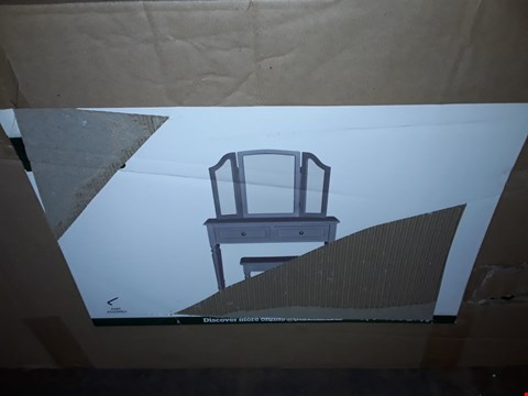 Lot 3098 BOXED DESIGNER LUCY DRESSING TABLE SET IN GREY