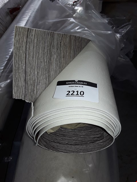 Lot 2210 ROLLED LIGHT WOOD EFFECT VINYL FLOORING - SIZE UNSPECIFIED