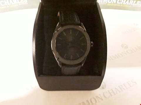 Lot 93 ARMANI EXCHANGE BLACK SUNRAY AND GREY DETAIL DIAL BLACK LEATHER STRAP MENS WATCH RRP £199.00