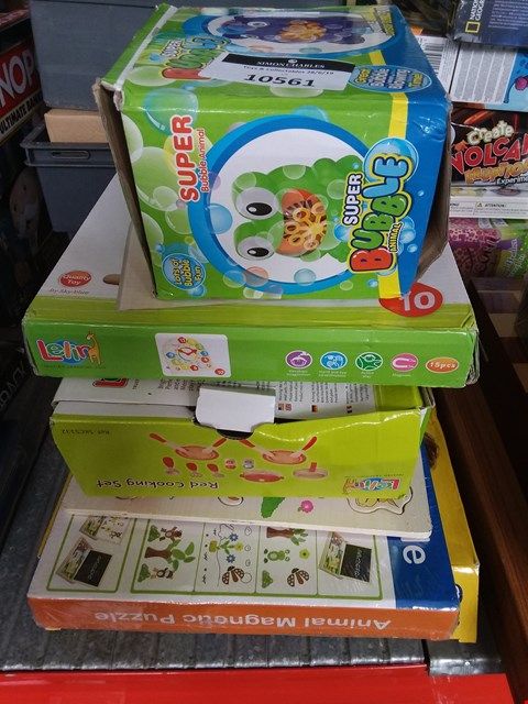 Lot 10561 LOT OF 6 ASSORTED BABY GAMES AND ACTIVITIES TO INCLUDE LELIN COOKING SET, SUPER BUBBLE ANIMAL, ANIMAL MAGNETIC PUZZLE ETC