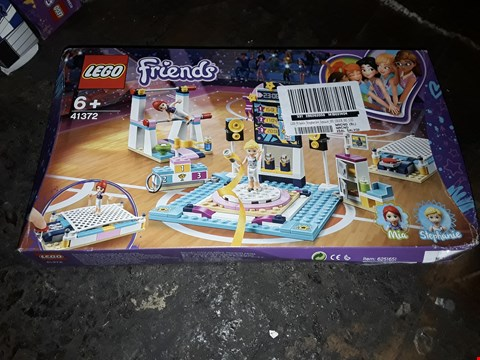 Lot 4084 LEGO FRIENDS STEPHANIES GYMNASTICS SHOW RRP £31.99