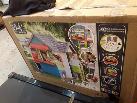 Lot 3059 BOXED SMOBY CHEF HOUSE